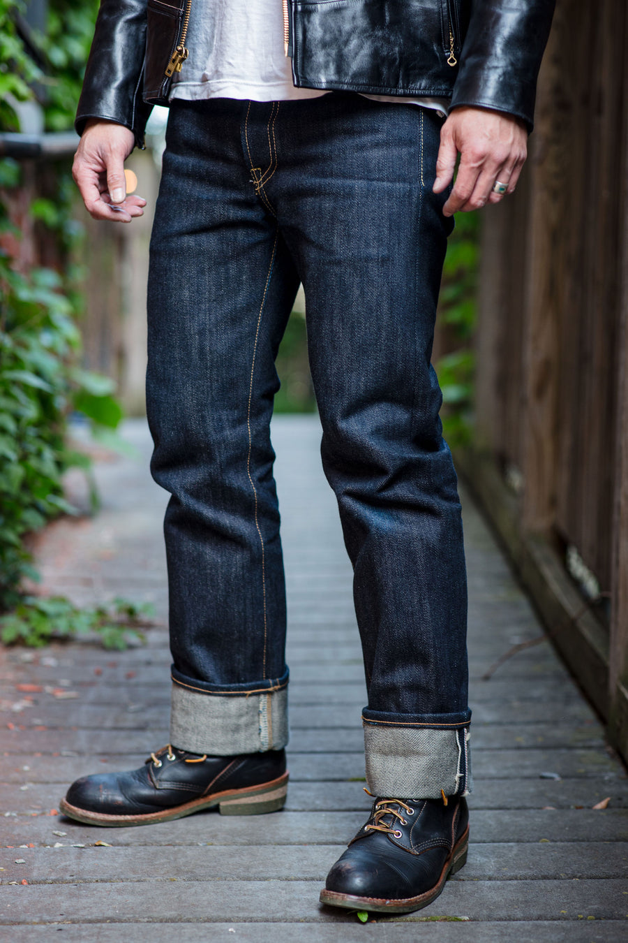 Iron Heart IH-666-XHS 25oz Selvedge Denim Slim Straight Cut - Indigo