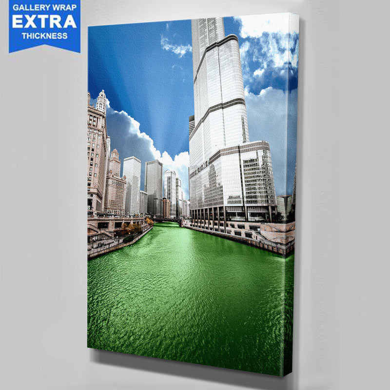 Green Chicago River Canvas