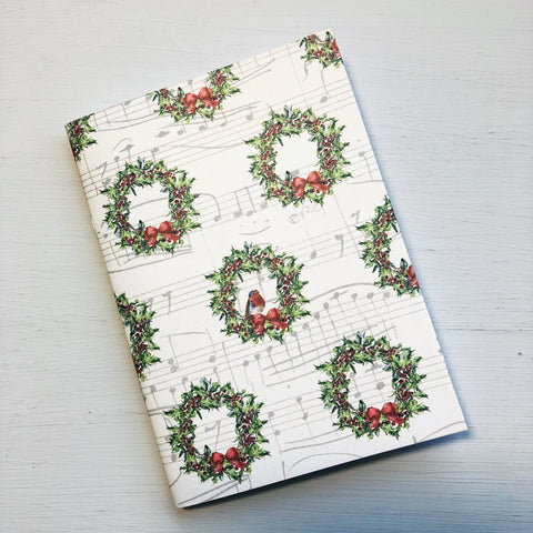Robin & Christmas Wreath Passport Size Notebook