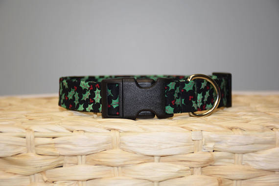 Holly Berry Collar