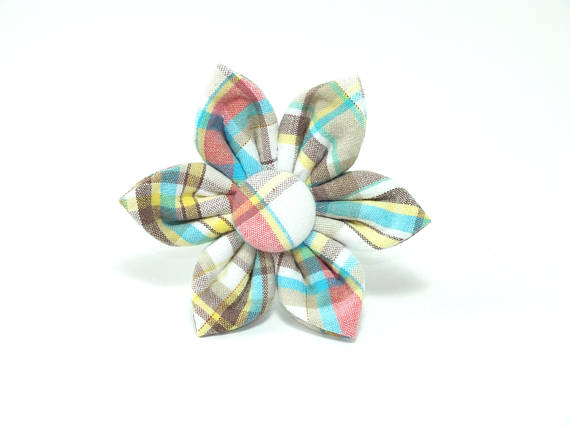 Tan Plaid Flower
