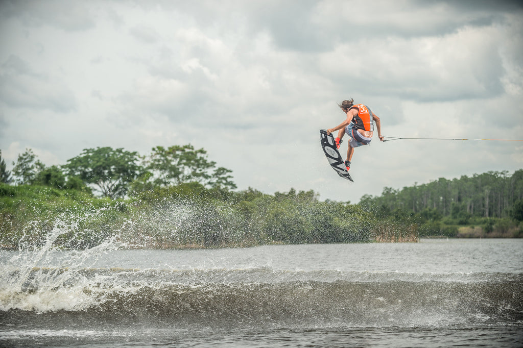 How to Find the Right Size Wakeboard