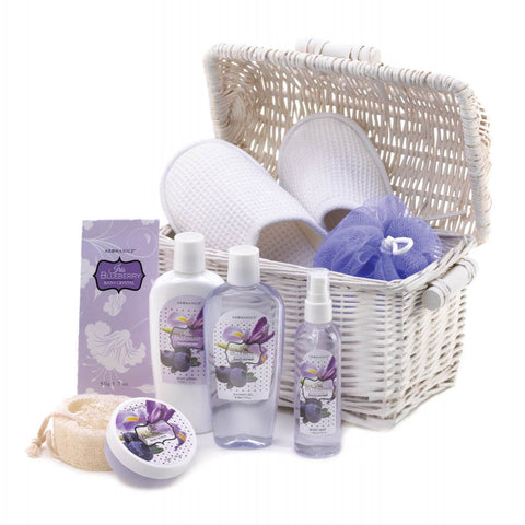 Blueberry Scented Bath And Body Basket Set