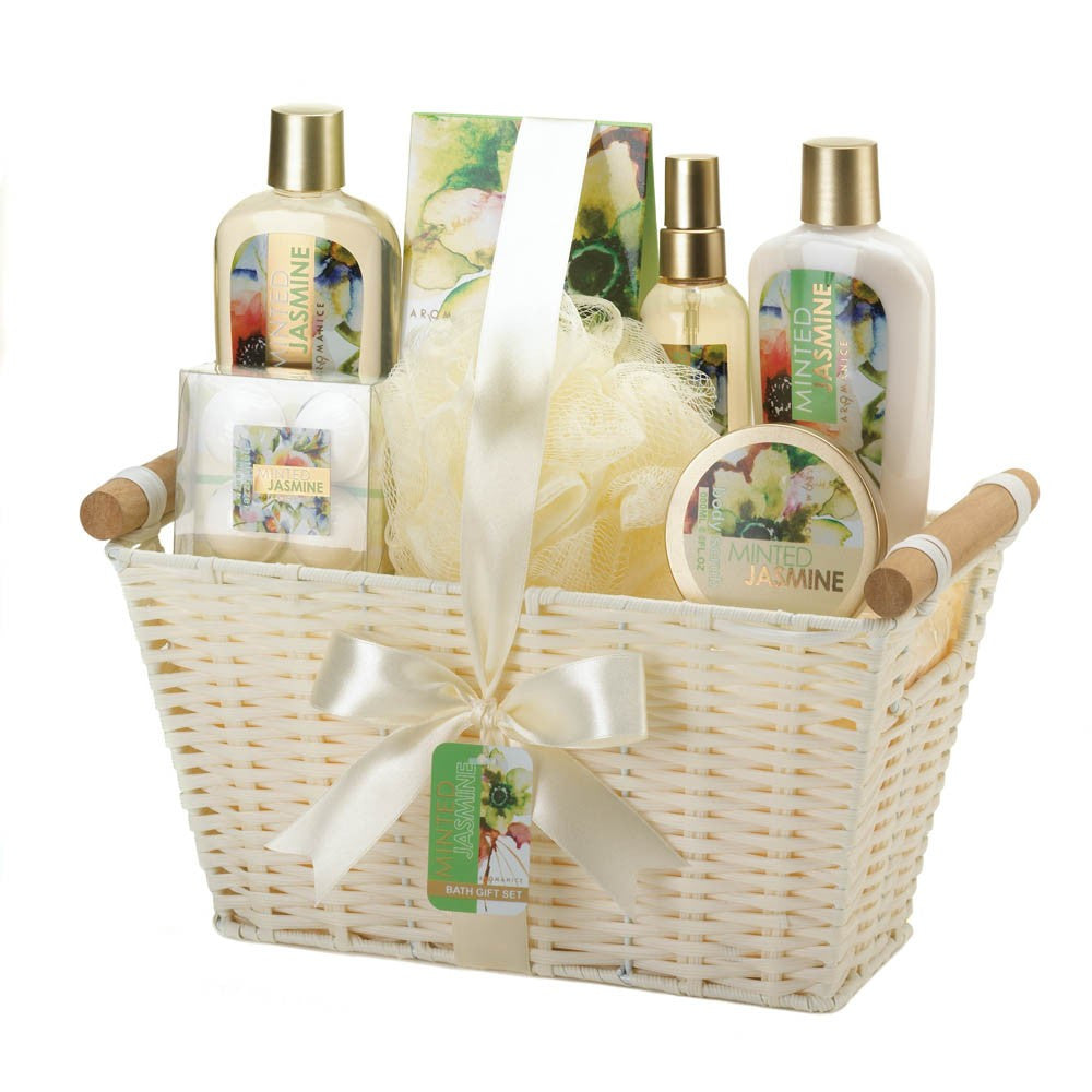 Minted Jasmine White Basket Spa Set