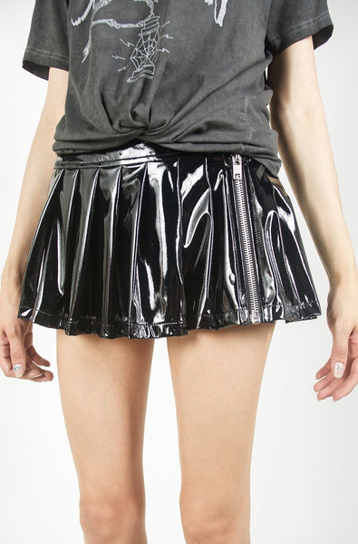 Vinyl Classic Pleated Skirt (Black)