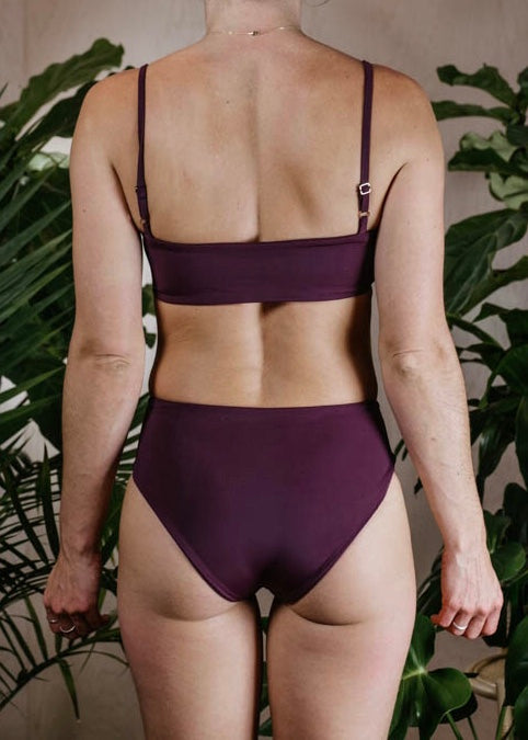 BETTY TOP - PLUM