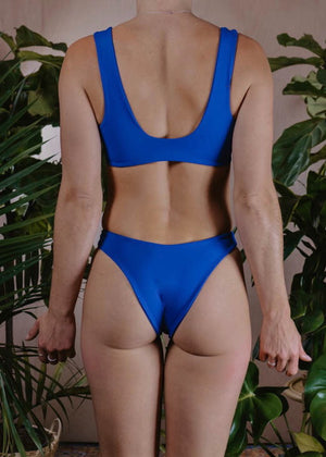 MEDIUM - LEO TOP - COBALT
