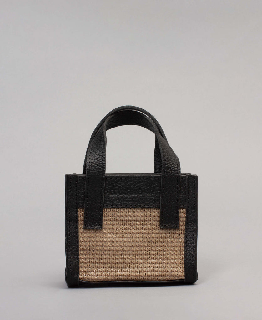 MENOS HANDFUL BAG (color: black/beige)