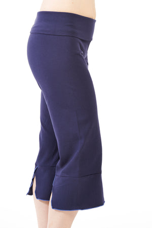 Slit-Back Yoga Capri - FOAT