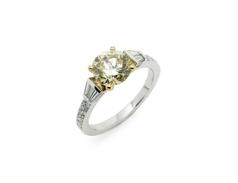 Solitaire Création Benoit Joaillier Diamant 1,87 ct Fancy light VS1