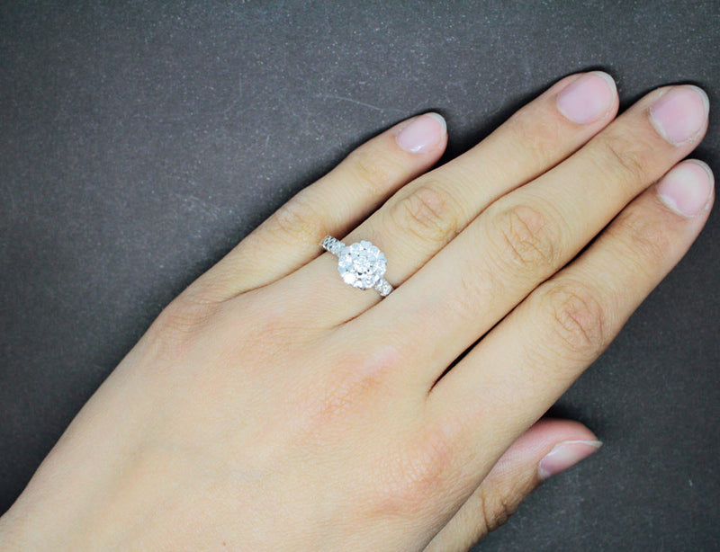 Bague Diamants et or blanc 18 carats