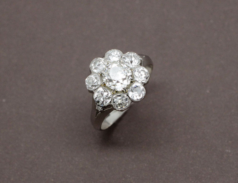 Bague Marguerite Diamants et Or Blanc