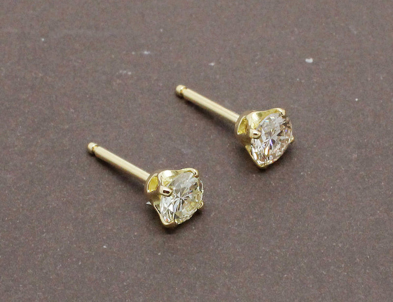 Puces d'Oreilles Or Jaune Diamants