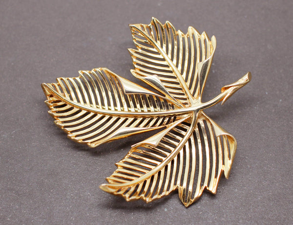 Broche Feuille Or Jaune 1950