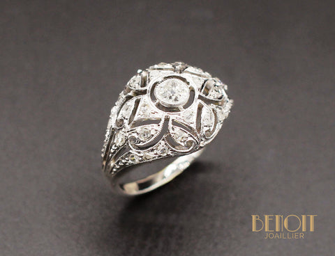Bague Émeraude Entourage Diamants