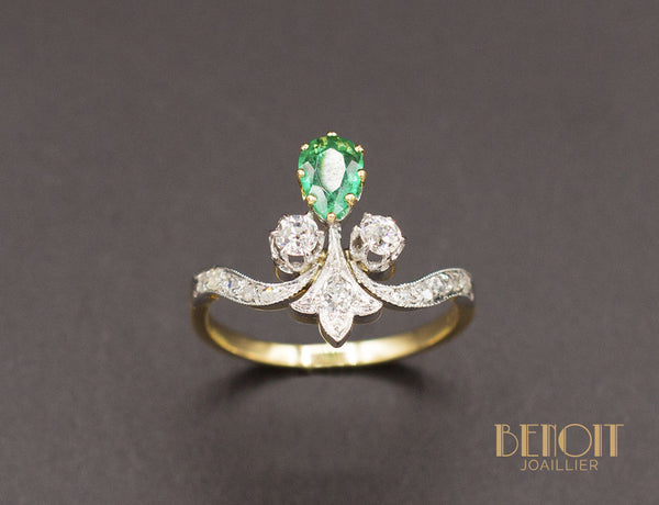 Bague Duchesse Emeraude et Diamants