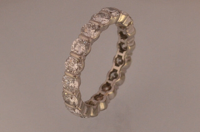 Alliance ancienne diamants 2,8 carat et or blanc