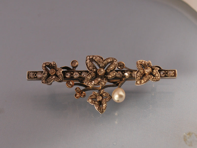 Broche 19 eme diamants perles fines