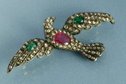 Broche Oiseau 1850 Rubis Emeraude et Diamants