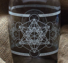 Load image into Gallery viewer, METATRON'S CUBE JUG 64 OZ - Vibe Bottle