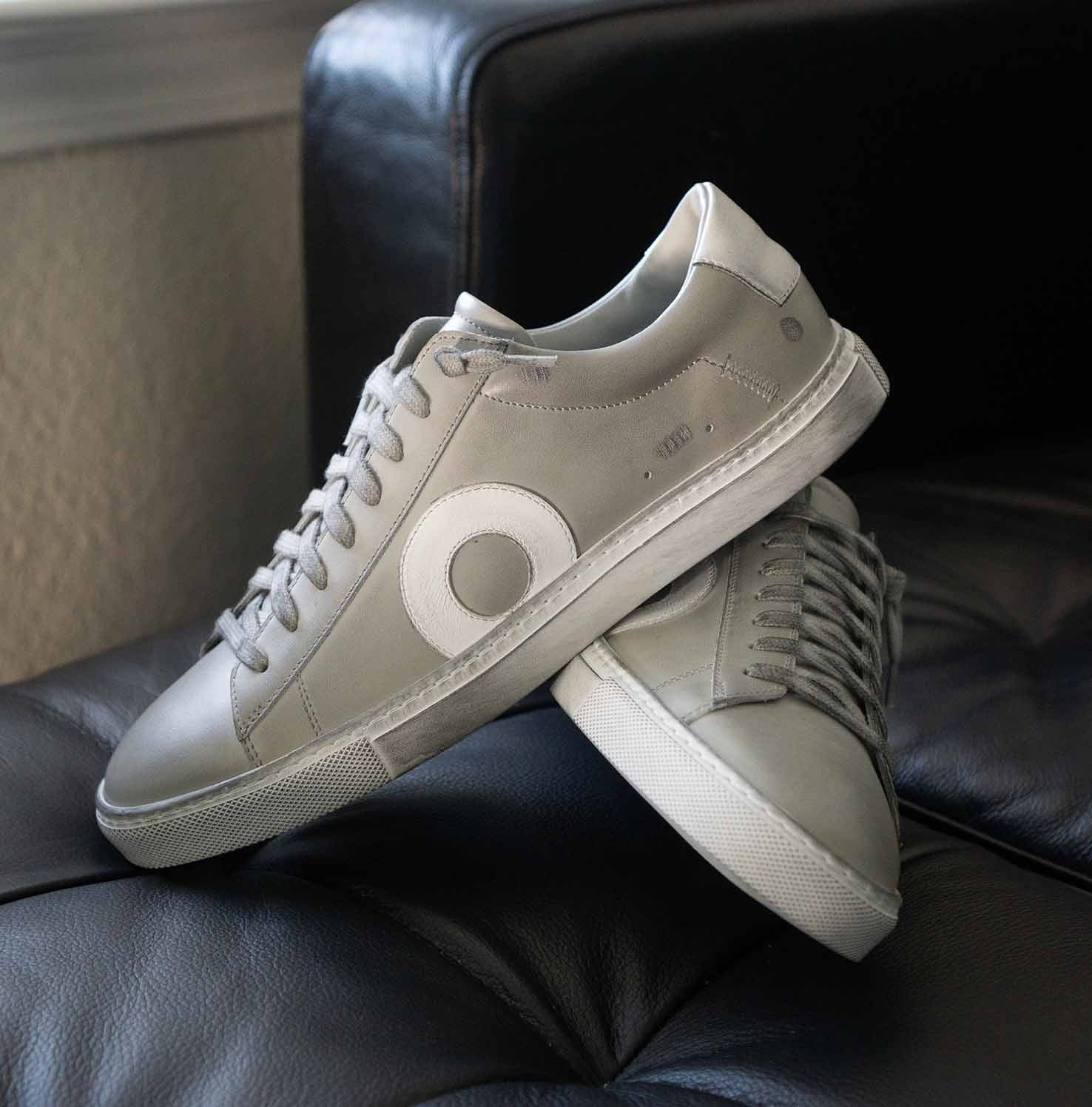 Low 1   Particle Grey 3