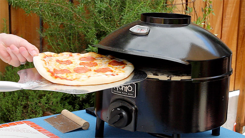 Cooking Pizza on Your Pizzeria Pronto