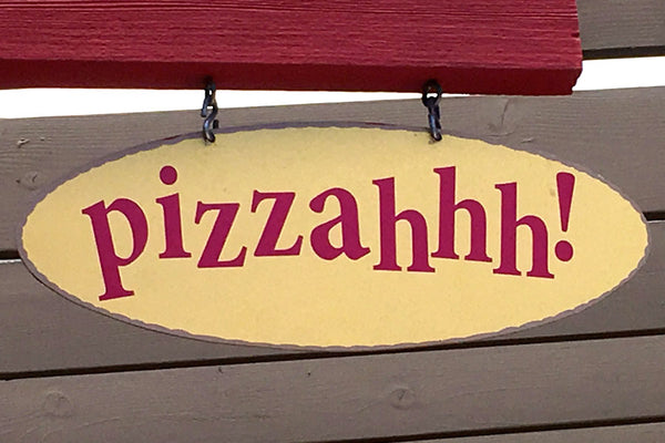 Pizzahhh Sign