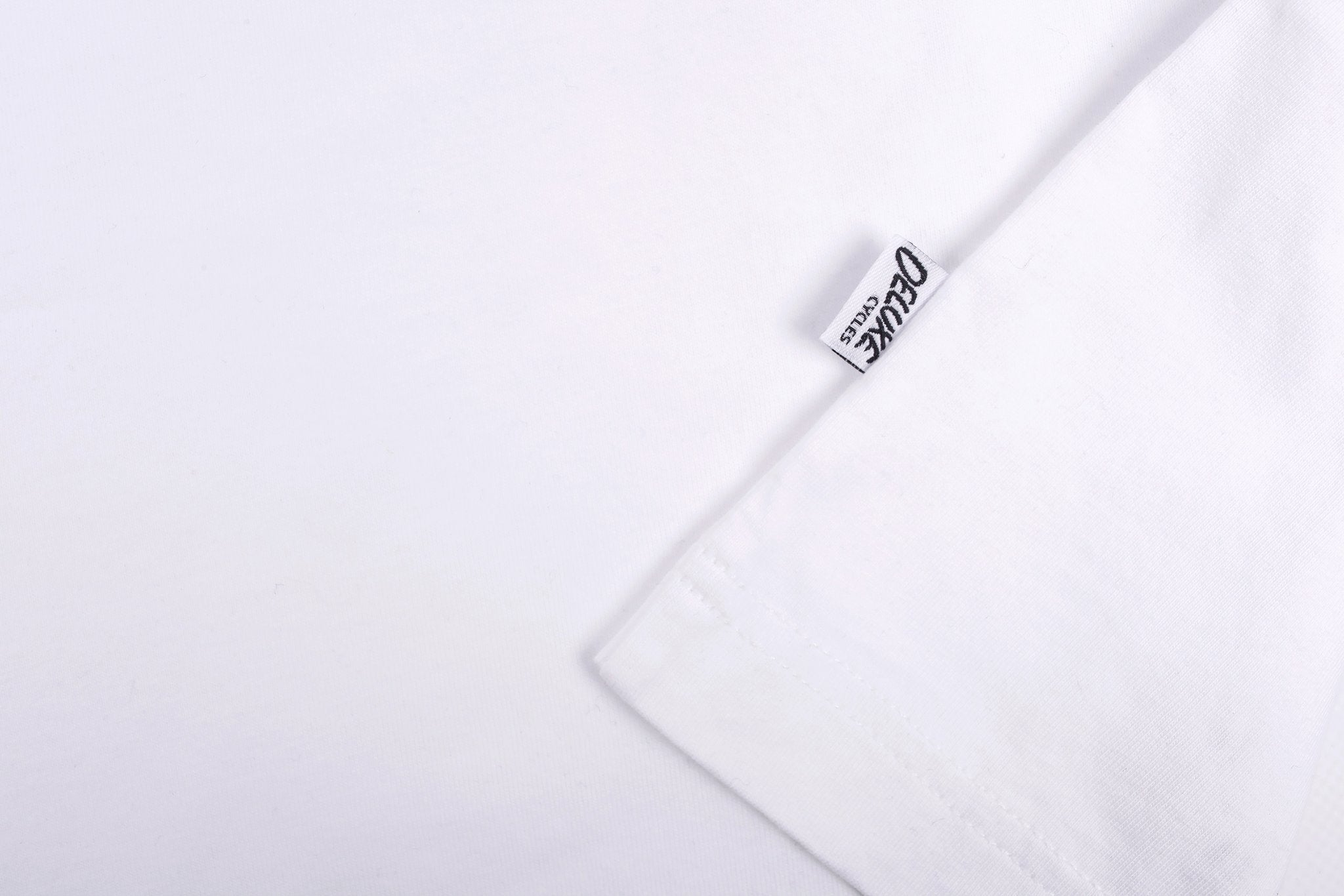 Laser Barcelona x Deluxe Cycles - HUDSON ROUND TEE - WHITE