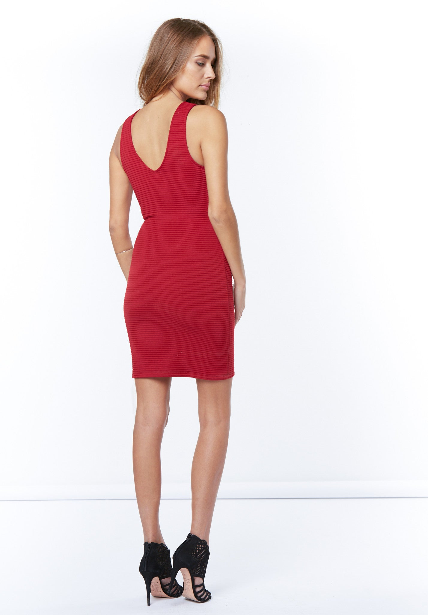 s/less bodycon dress