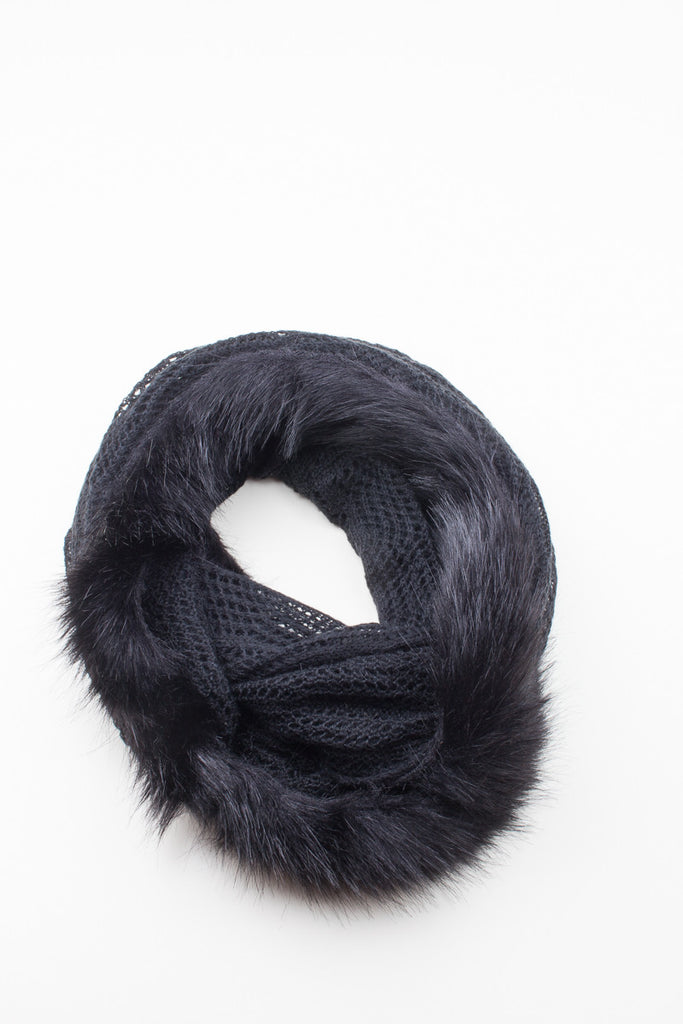 Black Knitted Fur Detail Scarf - GW Clarissa