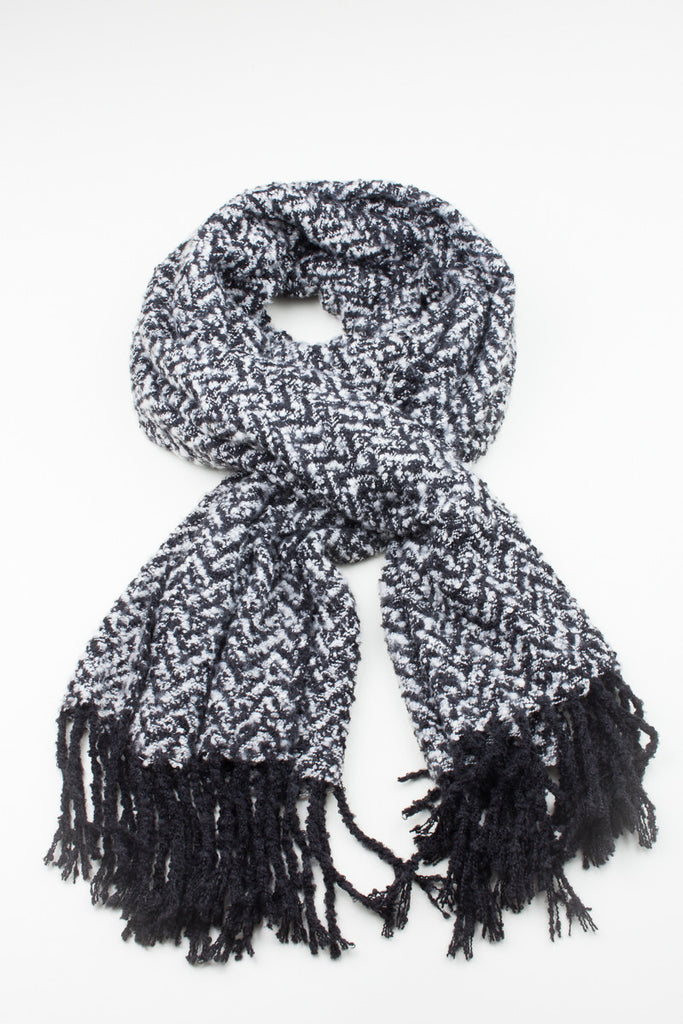 Mono Tassel Detail Winter Scarf