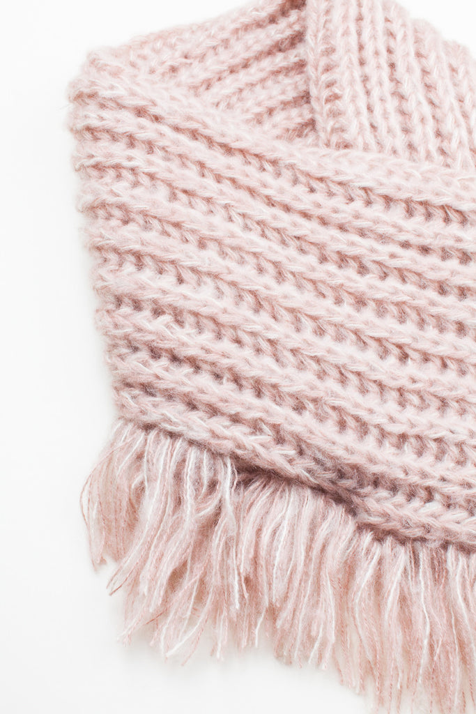 Pale Pink Chunky Knitted Square Tassel Snood
