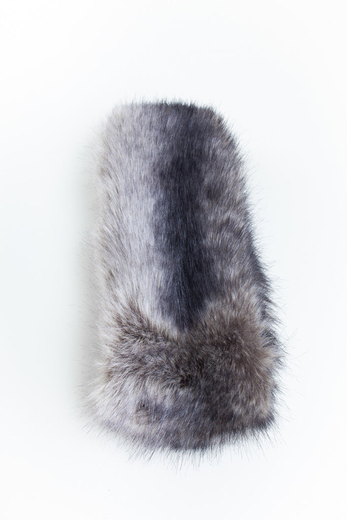 Grey Collar Faux Fur Scarf