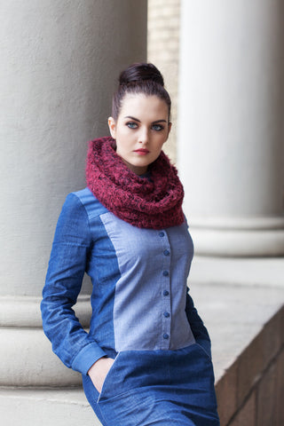 Navy Dalston Soft Knitted Snood