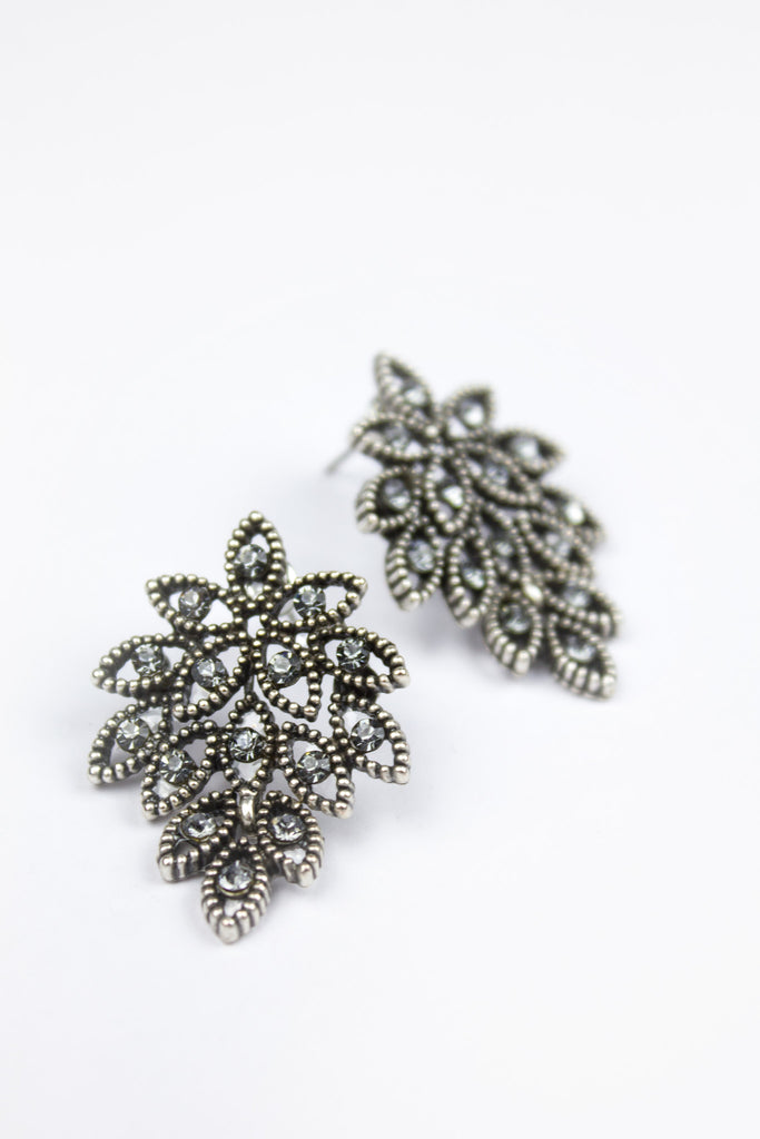 Lerry Statement Leaf Earrings