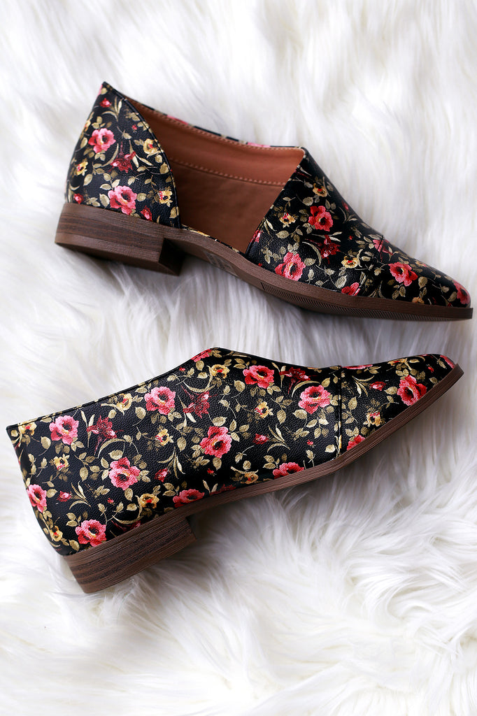 Qupid Floral Almond Toe Open Shank Oxford Flat