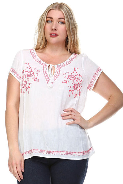 Women's Plus Size Floral Embroidered Keyhole Top