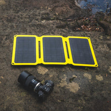 Load image into Gallery viewer, SunJack 25W Portable Solar Charger Panel + 2 Powerbanks