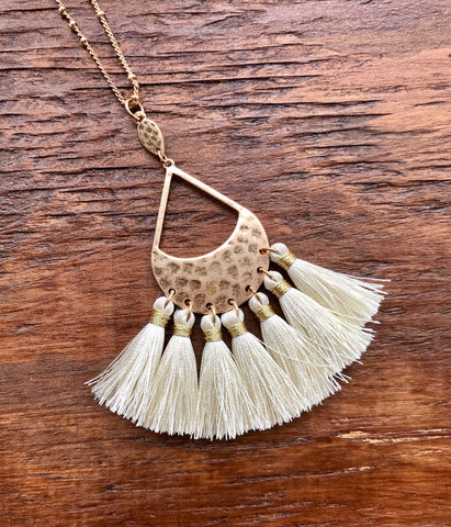 Teardrop And Tassel Necklace - Ivory