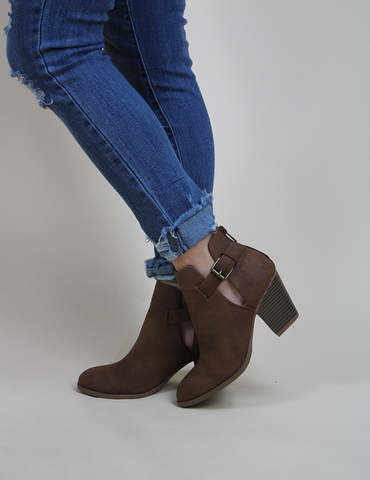 Walk Your Walk Bootie - Cognac