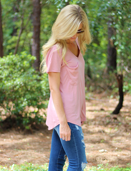 Z Supply: The Ribbon Pocket Tee In Misty Rose