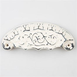 Metal victorian drawer handle cream - Doris and Jeannie