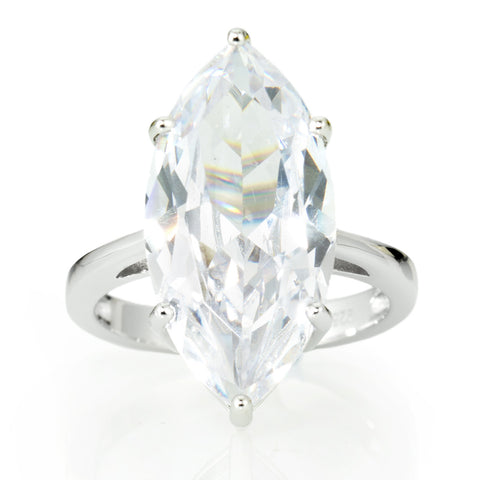 Magnificent Cocktail Ring. Solitaire 9.58 Carat Marquis Brillianite.