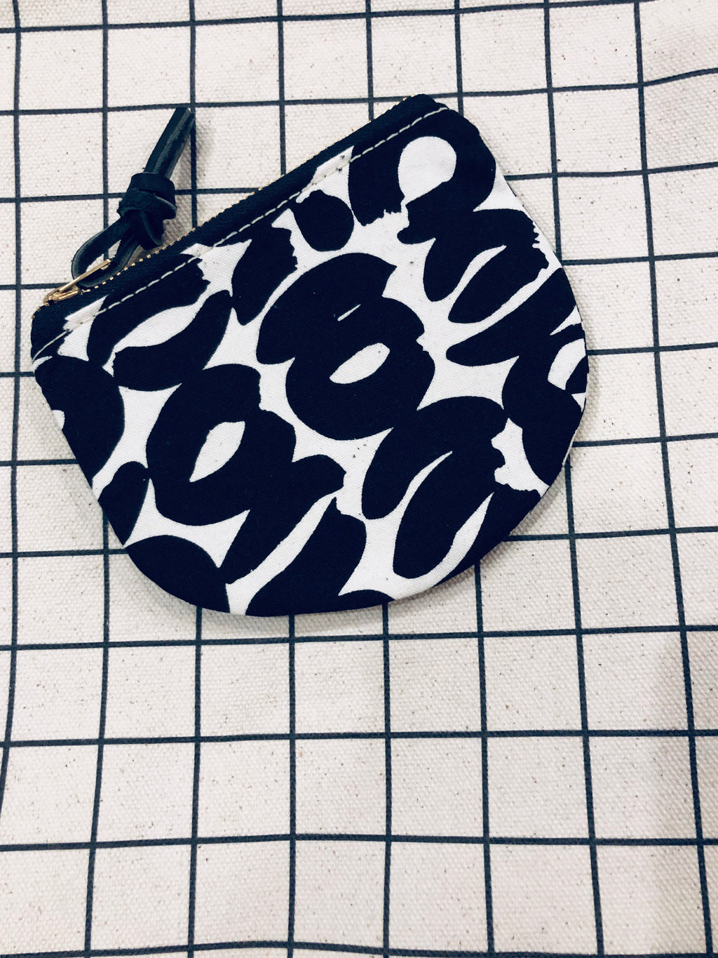 Half Moon Cosmetic / Accessory Zipper Bag: Black Graphic