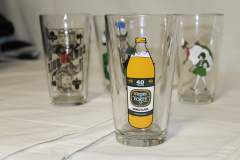 Tifo Pint Glass Set