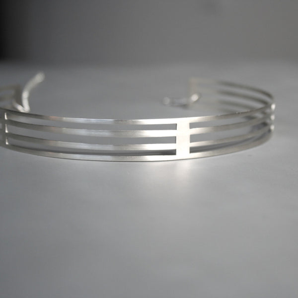ONE OF A KIND Stripe choker