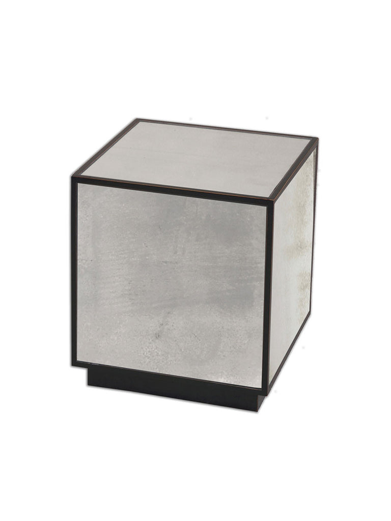 Merveilleux Mirrored Cube Side Table   Hamptons House   1
