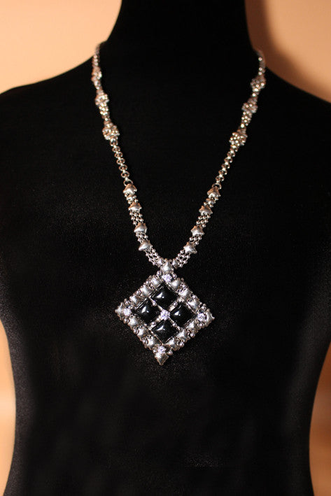 PR N1-AS – Antique Silver Finish and Onyx Necklace