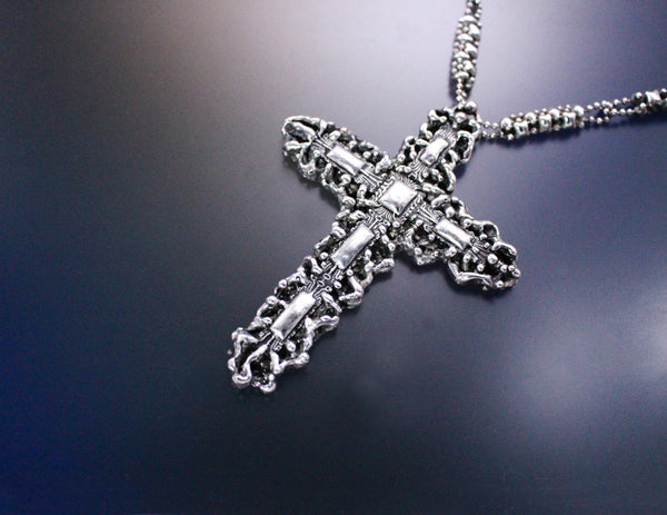 LEN 3417 – Antique silver finish - Cross necklace