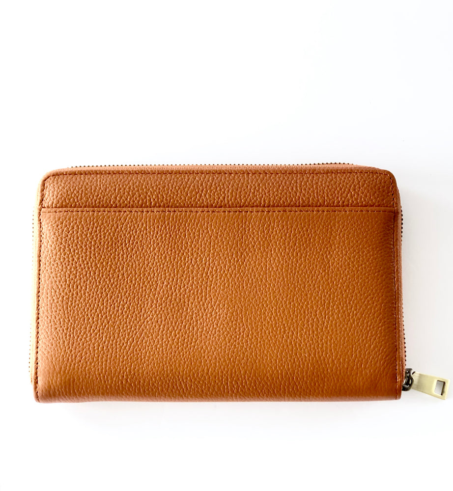 Load image into Gallery viewer, LULU LUXE - ARIA TAN WALLET